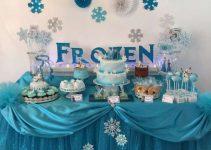 Hacer arreglos de mesa infantiles para niños con dulces