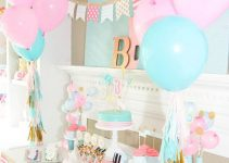 Mira aquí estas hermosas mesas de dulces para bautizo