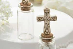Hermosos recuerdos de mesa para bautizo de niña y niño