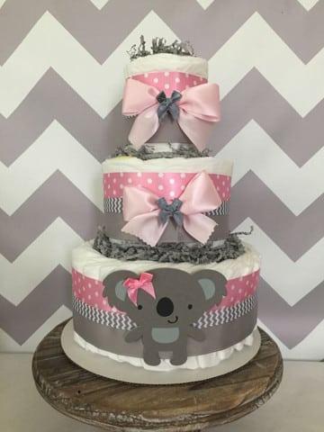 torta de pañales para baby shower niña