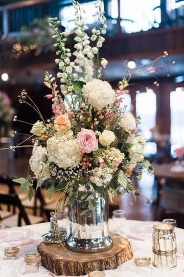 centros de mesa con flores naturales para fiestas