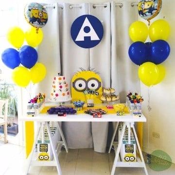 decoracion de minions para cumpleaños con globos