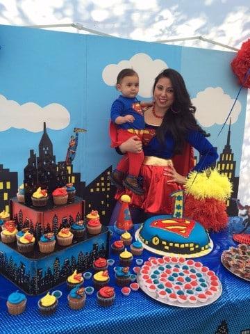 centros de mesa de superman infantiles