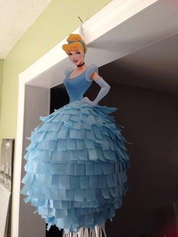 como hacer piñatas infantiles de princesas