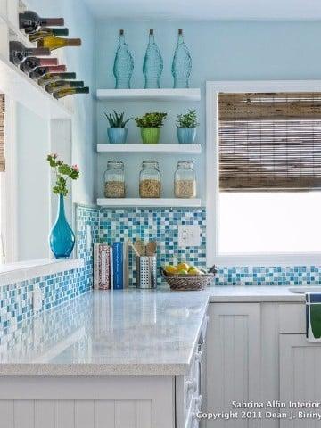 Aprende el como decorar cocinas pequeñas y bonitas | Centros de Mesa ...