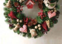 Como decorar una corona navideña de fieltro y papel