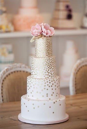 tortas de bodas de oro matrimoniales