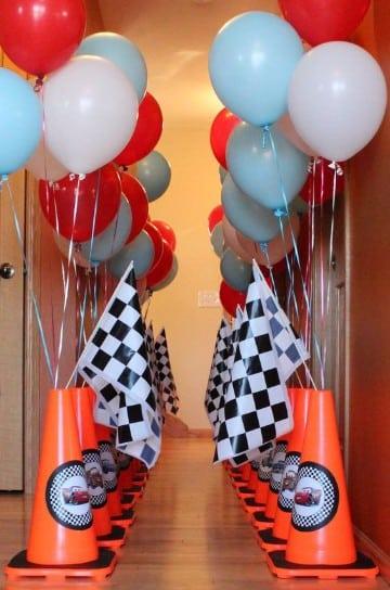 arreglos de mesa de cars con globos
