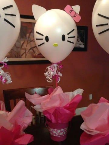 centros de mesa de kitty arreglos