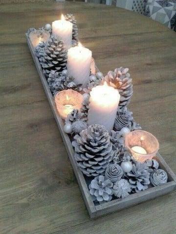centros de mesa navideños caseros con piñas
