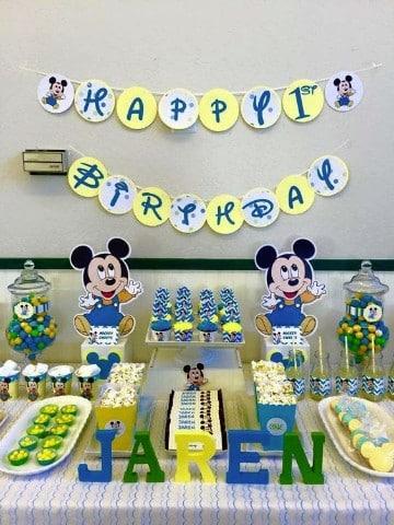 cumpleaños de mickey bebe y amigos