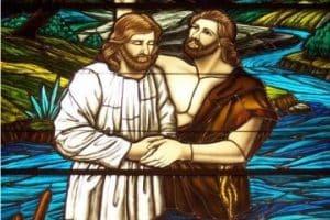 Hermosas y conmovedoras imagenes del bautismo de jesus