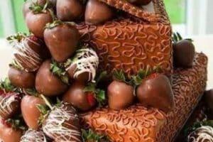 Riquisimas tortas decoradas con frutillas faciles de hacer