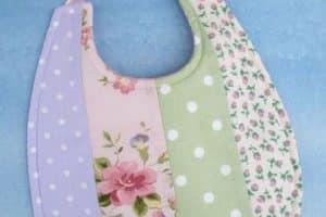 Moldes de baberos para baby shower de goma eva