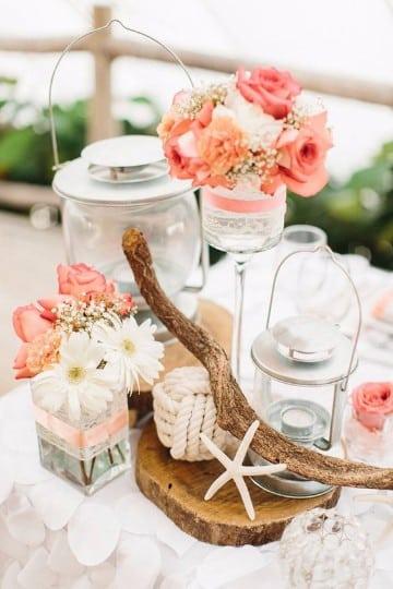 centros de mesa con rosas naturales