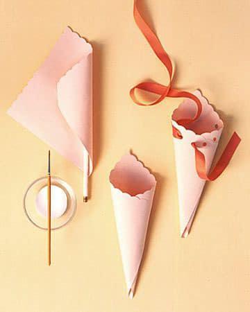 Molde para como hacer conos de papel para decorar - Hacer conos papel ...