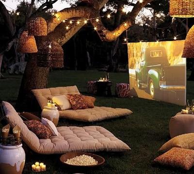 decoraciones romanticas para hombres cine en el jardin
