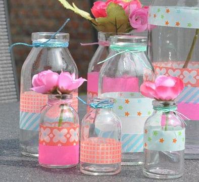Manualidades con frascos decorados para cumplea os de - Como decorar un cristal de mesa ...