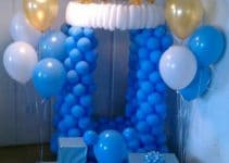 Arreglos y adornos con globos para bautizo de niña y niño