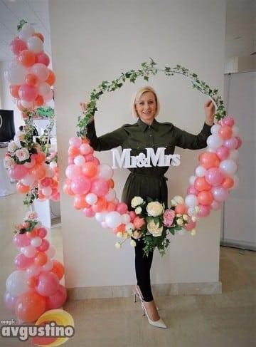 arreglos de salon con globos para boda