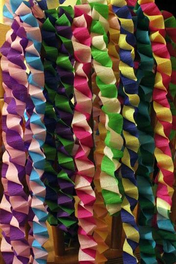 cadenas de papel crepe de colores