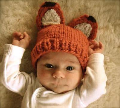 como hacer gorritos de bebe a crochet