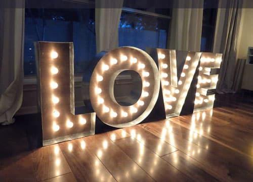como hacer letras gigantes con luz