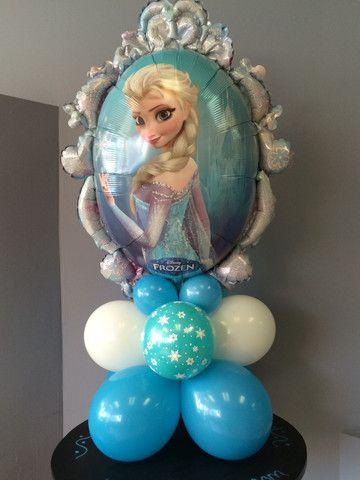 decoracion con globos frozen para cumpleaños