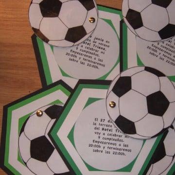 tarjetas de cumpleaños de futbol para niños