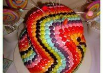 Tortas decoradas con rocklets y golosinas como oreo