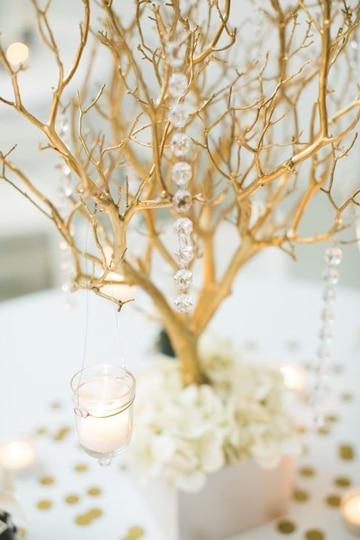 adornos para bodas de oro para mesa