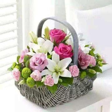 arreglos florales para el dia de la madre en cesta