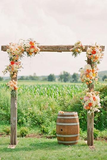 bodas rusticas al aire libre altar