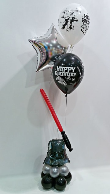 cumpleaños tematico de star wars con globos