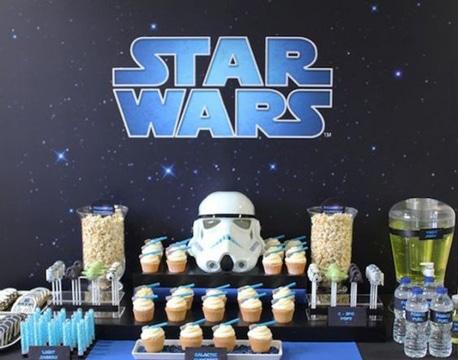 cumpleaños tematico de star wars mesa decorada