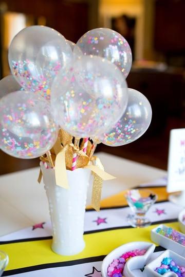 decoracion de cumpleaños sencilla con globos