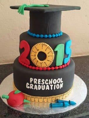 decoracion para graduacion de preescolar torta