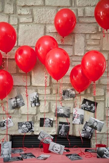 globos con fotos colgando de bebe