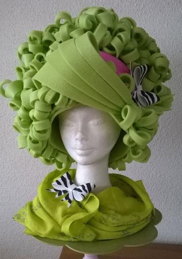 sombreros de goma espuma de peinados