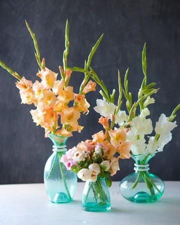 arreglos florales con gladiolas varios tamaños