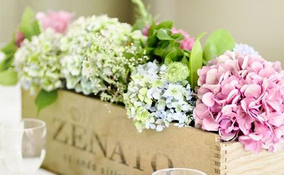 arreglos florales con hortensias estilo rustico