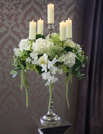 arreglos florales para primera comunion con velas