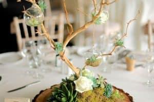 Originales y hermosos centros de mesa para boda civil
