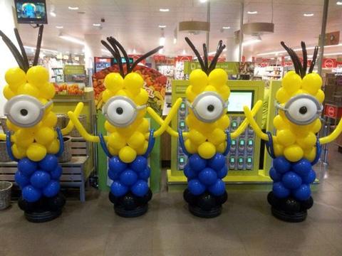 decoracion minions para fiestas infantiles con globos
