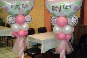 Adornos en figuras de globos para baby shower