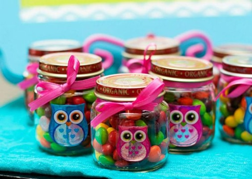 frascos de compotas decorados para cumpleaños