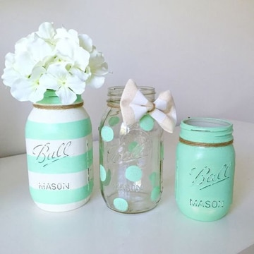 frascos de vidrio decorados y pintados
