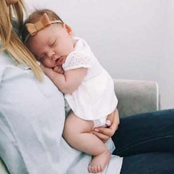 imagenes de bebes mujeres durmiendo