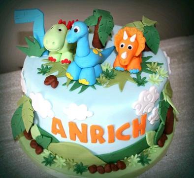 pasteles de dinosaurios para niños pequeños