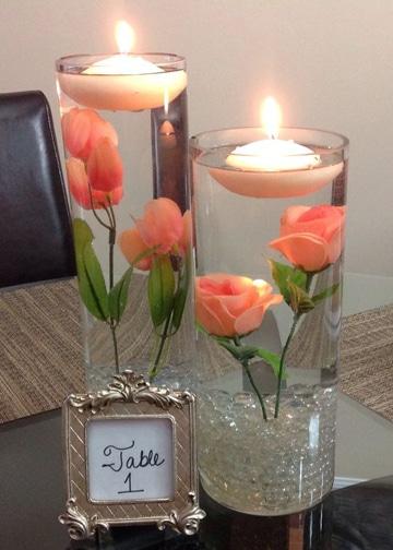 arreglos con velas flotantes con rosas